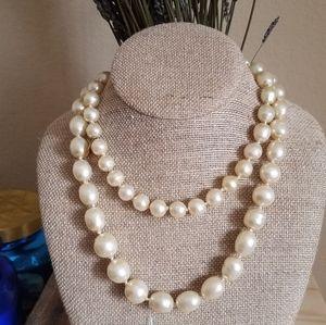Vintage Chanel baroque gripoix faux pearl necklace